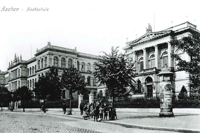 historical view of RWTH Aachen main building